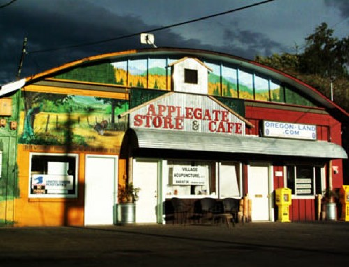 Applegate Store & Cafe
